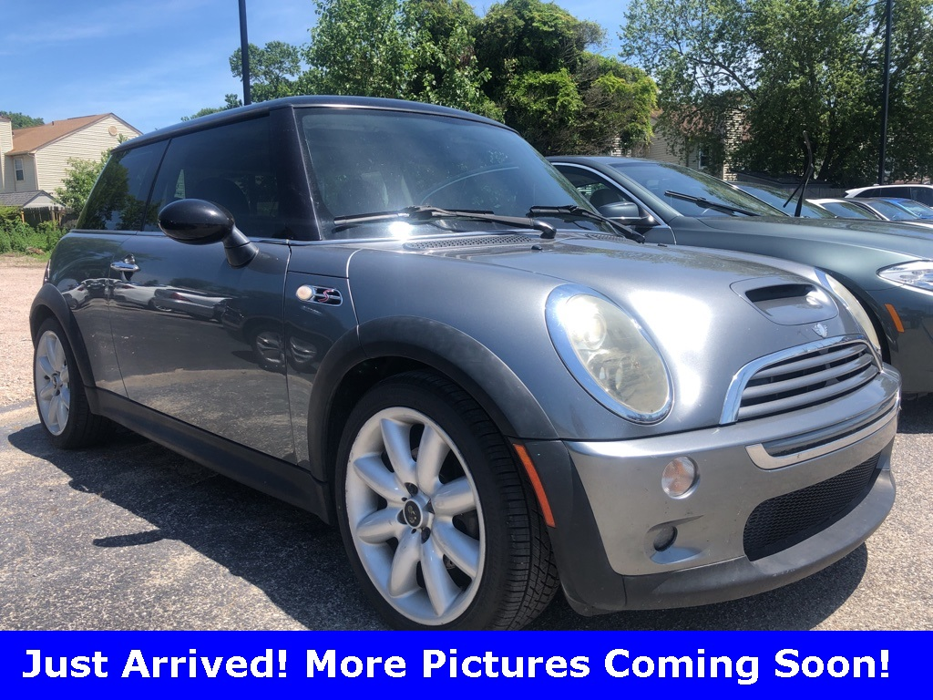 Pre-Owned 2006 MINI Cooper S Hardtop