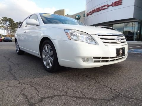 Pre-Owned 2005 Toyota Avalon XLS